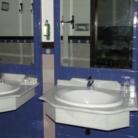El Ladron de Agua: Baño habitación
