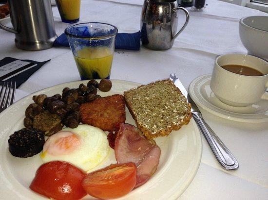 Inchydoney Island Lodge & Spa : Breakfast