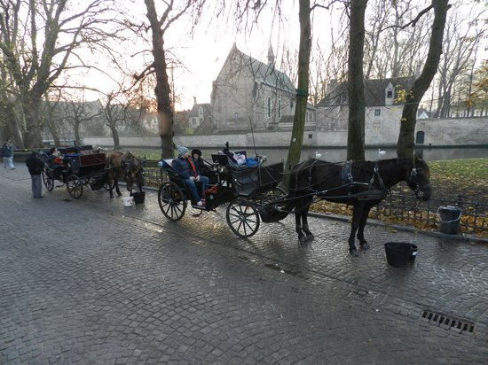Martin's Brugge: the horse carriages