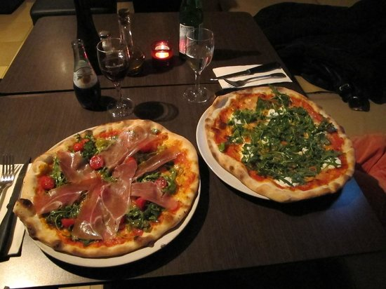 Rosso Pizza : Hard to choose so i'll have both