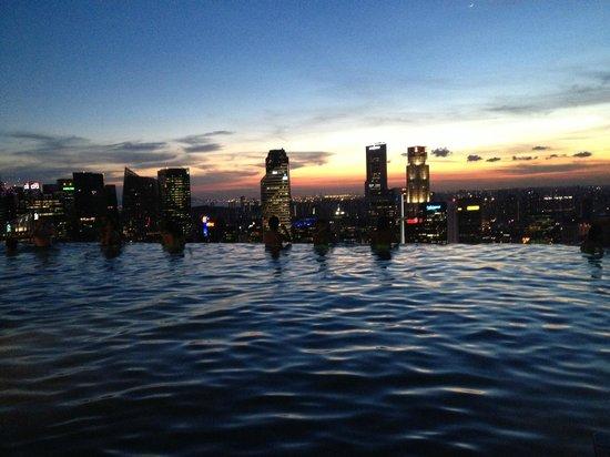Marina Bay Sands: am Pool