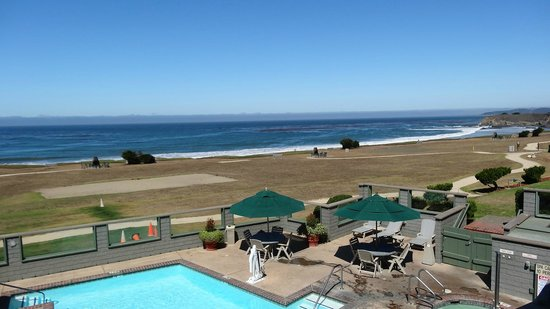 BEST WESTERN PLUS Cavalier Oceanfront Resort: Vue