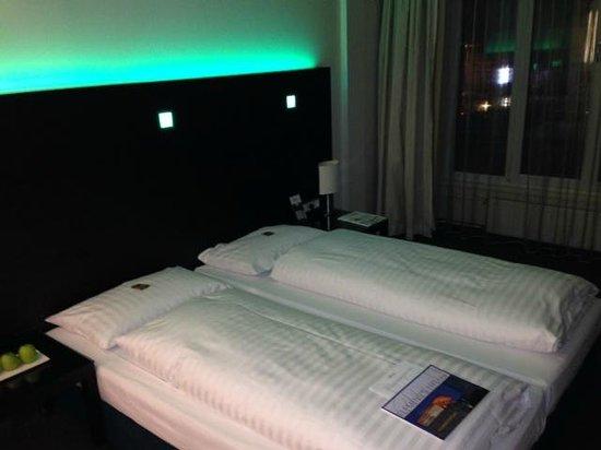 Fleming's Hotel Wien-Westbahnhof: Doppelbett