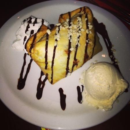 Loco Mexicano: chimi tsanga for dessert, yummmm!!!