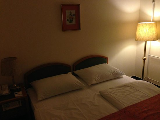 Hotel Raba City Center: Beds