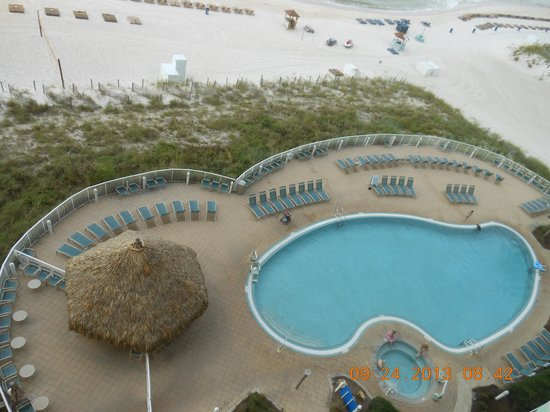 Wyndham Vacation Resorts Panama City Beach: Pool area from 8th floor!