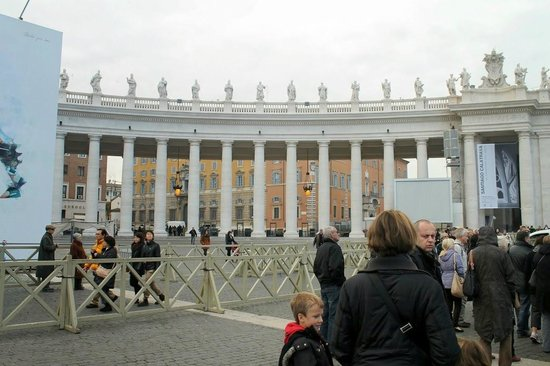Angels & Demons Tour: At St. Peters square