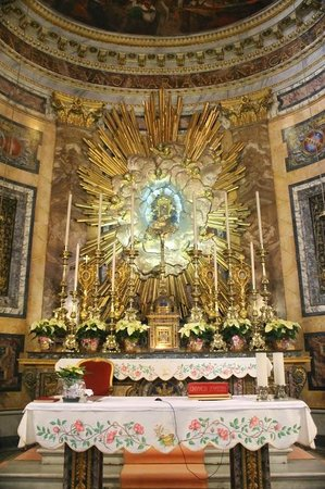 Angels & Demons Tour: Inside of Santa Maria della Vittoria