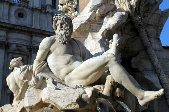 Angels & Demons Tour: At Piazza Navona
