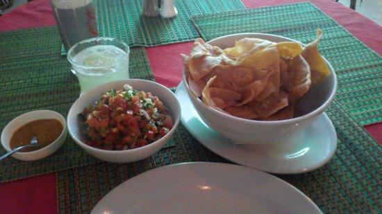 Taqueria Corona Restaurant: flour chips, salsa & flame on sauce