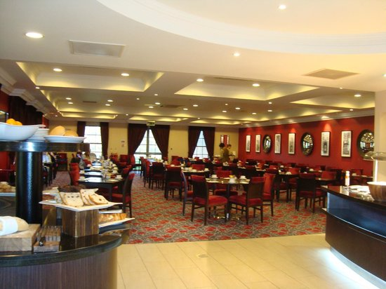 The Cambridge Belfry - A QHotel: Dining room