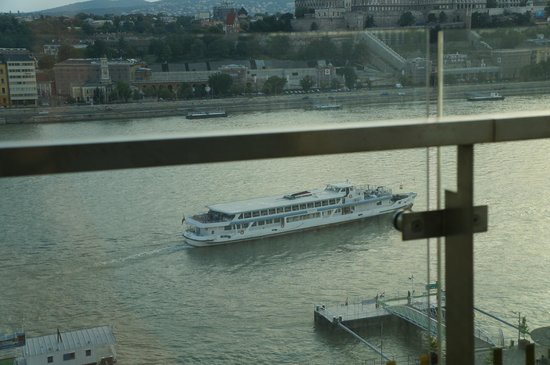 Budapest Marriott Hotel: view from room