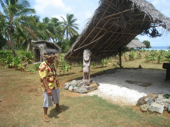 Aitutaki Punarei Culture Day Tour: Entry point to the Cultural Village