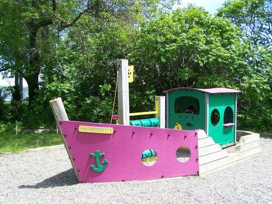 Parc de la Marina-de-la-Chaudiere: Module de jeu pour les enfants, Parc de la Marina-de-la-Chaudière