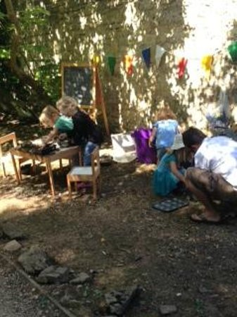 Old Down Country Park : Mud Kitchen Cooking Session