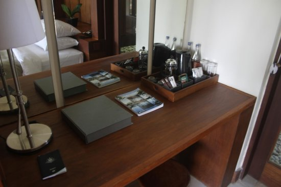 Alila Ubud: room supplies