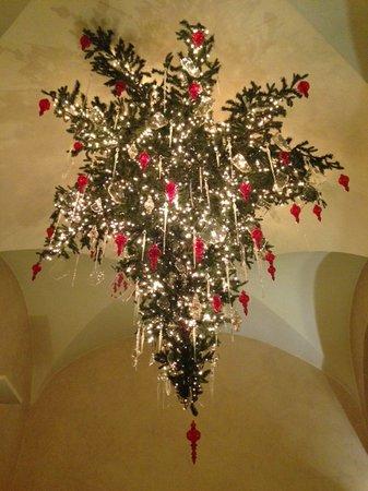 Hotel Adriano: CHRISTMAS TREE 2013