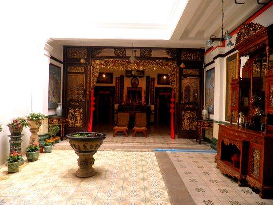 Baba & Nyonya Heritage Museum : the courtyard
