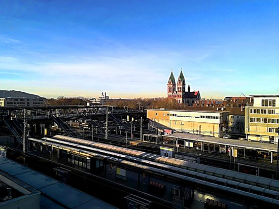 IntercityHotel Freiburg : Freiburg i. Br.