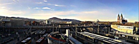 IntercityHotel Freiburg : Freiburg i. Br. - HBF
