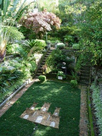 Incroyable Gibraltar Botanic Gardens (The Alameda): Dell At Alameda Gardens