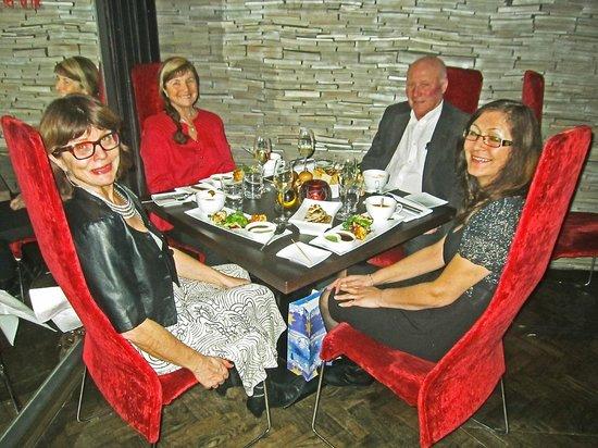 V Zatisi : Anniversary dinner