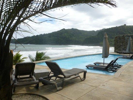 Pagua Bay House Oceanfront Cabanas: Espace piscine commun