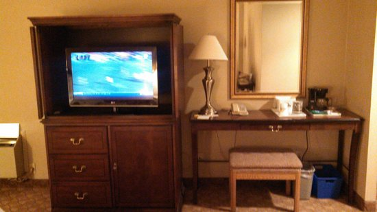 Days Inn - Niagara Falls Near the Falls: TV