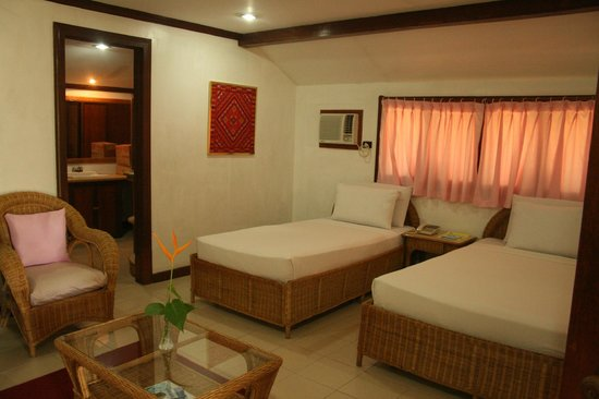 Dakak Park & Beach Resort: Our room :) Kids stayed for free
