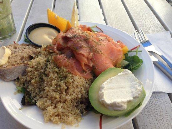 Jerntorgiths Cafe: Very Good Salad!