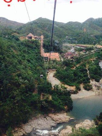 Grand Mango Hotel Danang: ba na hill cable car view