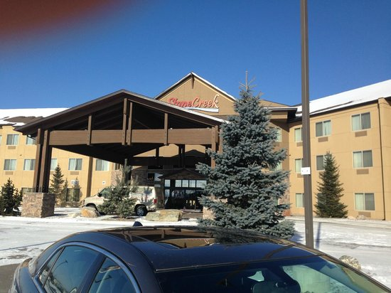 StoneCreek Lodge Missoula: Hotel Entrance
