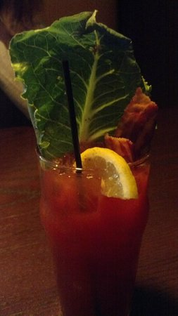 Town Hall American Bistro: Casino Mary