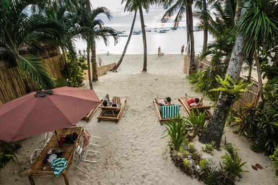 The Greenhouse (Boracay Beach House): View from the terrace upstairs