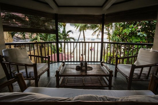 The Greenhouse (Boracay Beach House): Terrace upstairs