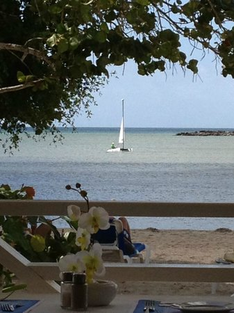 Grand Bahia Principe La Romana : The Ocean from the Beach side Buffet Restaurant