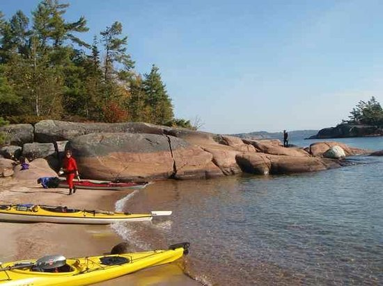 White Squall Paddling Centre: Come adventure with us...