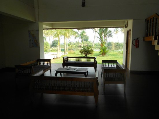 Manor Backwater Resort: View from Lobby