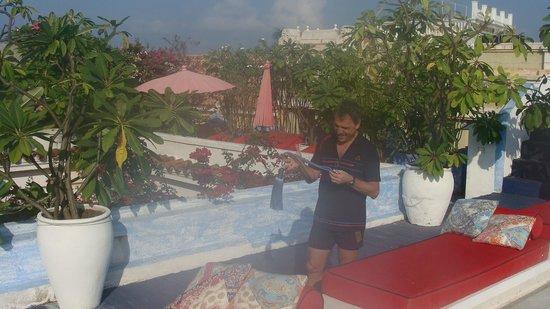 La Passion Hotel Lounge : Terraza donde se desayuna y se encuentra la pileta