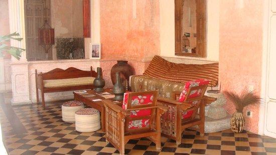 La Passion Hotel Lounge : Patios interiores