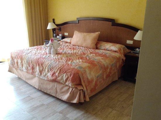 Grand Palladium White Sand Resort & Spa: imperial suite bedroom