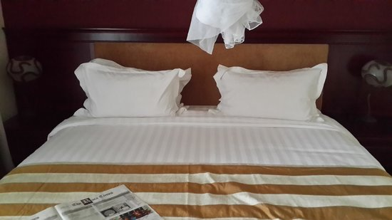 Roca Golf Hotel : Bed