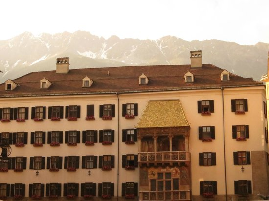 The Golden Roof (Goldenes Dachl): Morning over Dachl