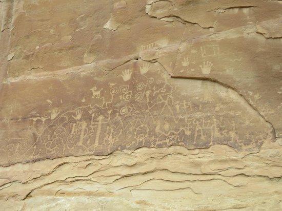Petroglyph Point Hike: SPOILER ALERT: The Markings
