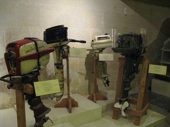 Malta Maritime Museum: stuff - I had one of those!