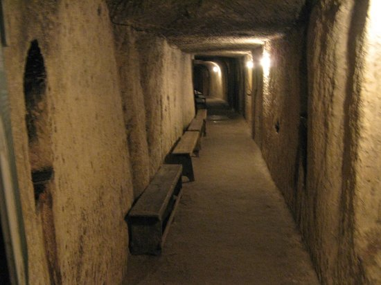 Malta at War Museum: In the shelter tunnels