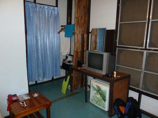 Chang Park Resort & Spa: Вид бунгало изнутри