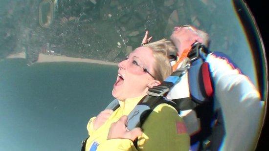 Parachutisme et saut en parachute tandem pr s de paris for Paris libre