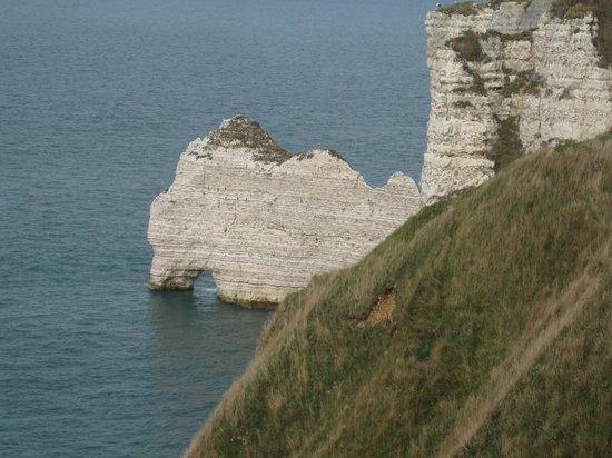 Falaise d'Etretat: Правая меловая арка