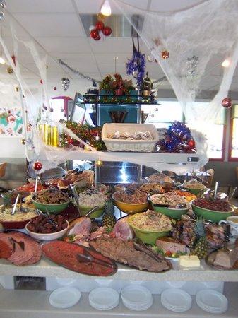 Au Top Du Roulier De Moulins : notre buffet!!